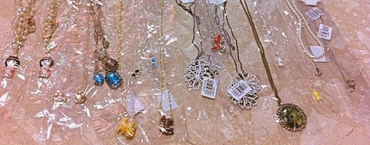 TLC-Babe-Blogshop-May's-Necklaces-Giveaway